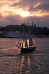 Segler am Abend in Stockholm