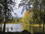 Herbstsee in Nordfinnland