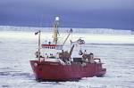 Eisbrecher Polar Queen an Eiskante