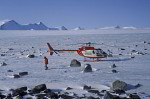 geologists in transantarctic mountains