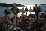 Upernavik Friedhof im Gegenlicht