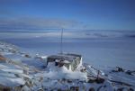 Hütte bei ehemaliger Antarktisstation Leningradskaya