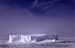 arktischer Tafeleisberg