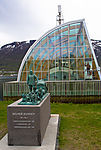 monument polar researcher Helmer Hanssen