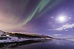 Nordlicht mit Mond und Planeten
