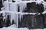 Eiszapfen am Fels