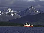 trawler Royal Viking before mount Store Blaamannen
