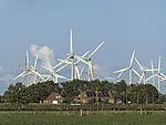 Windräder und Solarenergie in Ostfriesland