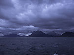 dunkle Wolken über Tranöyfjorden