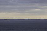 Schiffsverkehr vor Windpark bei Helgoland