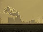 holländische Energieerzeugung im Abendlicht