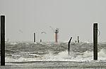 Wintersturm im Hafen von Norddeich