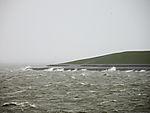 stürmische See am Deich