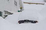 eingeschneites Auto in Tromsö