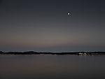 Mond in Abenddämmerung