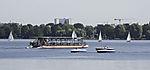 Solarschiff Alstersonne auf der Außenalster