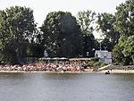 Badeleben an der Elbe