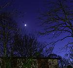 Mondsichel und Venus am Abendhimmel