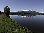 mountain reflection in lake Ömmervatnet