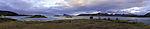 Küstenpanorama mit Insel Haaja