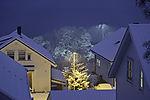abendlicher Schneefall in Tromsö