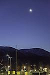 Mond und Venus über Tromsö