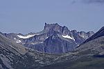 bizarrer Berg auf Kvalöya