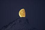 Mond auf Spitze vom Store Blaamannen