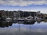 Sommerspiegelung im Hafen von Tromsö