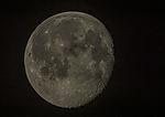 Mond wenige Tage nach Vollmond