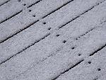 Schnee schmilzt schneller über Nägeln