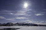 Sonne über Windpark Kvitfjell auf Kvalöya