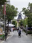 Fußgängerzone und Windmühle in Norden