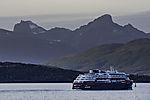 Hurtigrute Fridtjof Nansen bei Tromsö